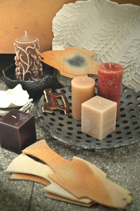 The combination of ceramics and candles