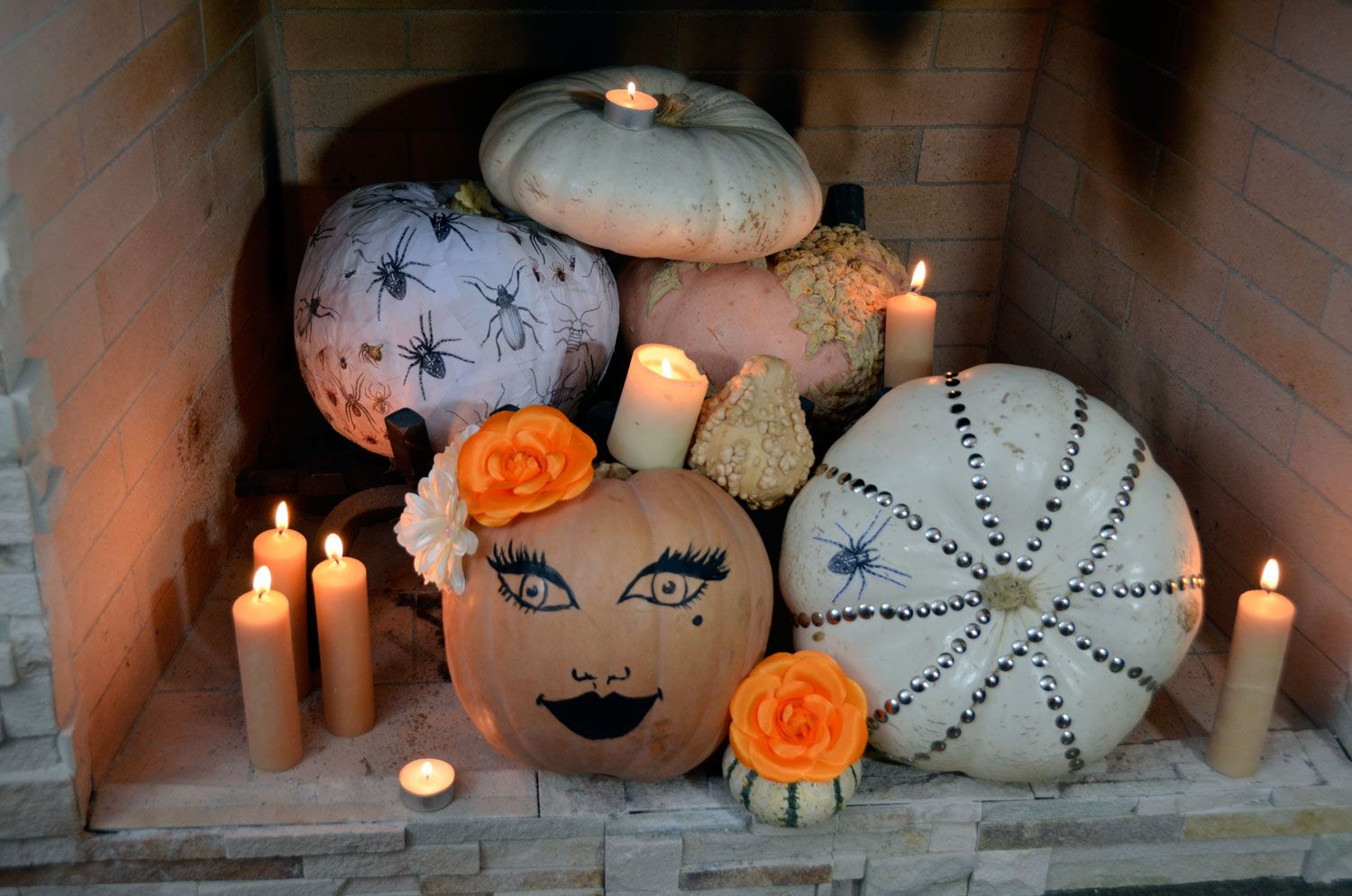 Fireplace Pumpkin Display Easy halloween, Pumpkin display and - Halloween Decorations For Kids