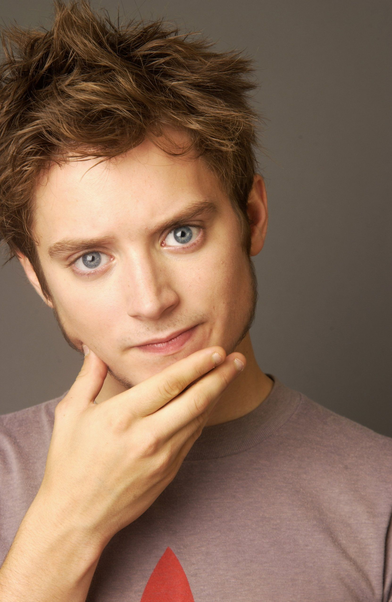 Elijah Wood...nuff said | Some Nerd With a Dash of Geek in ...