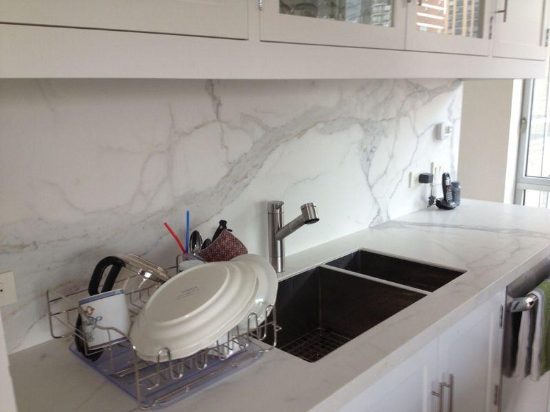 Stonepeak \'Plane\' porcelain tile: oversized 5ft X10ft tile as ...