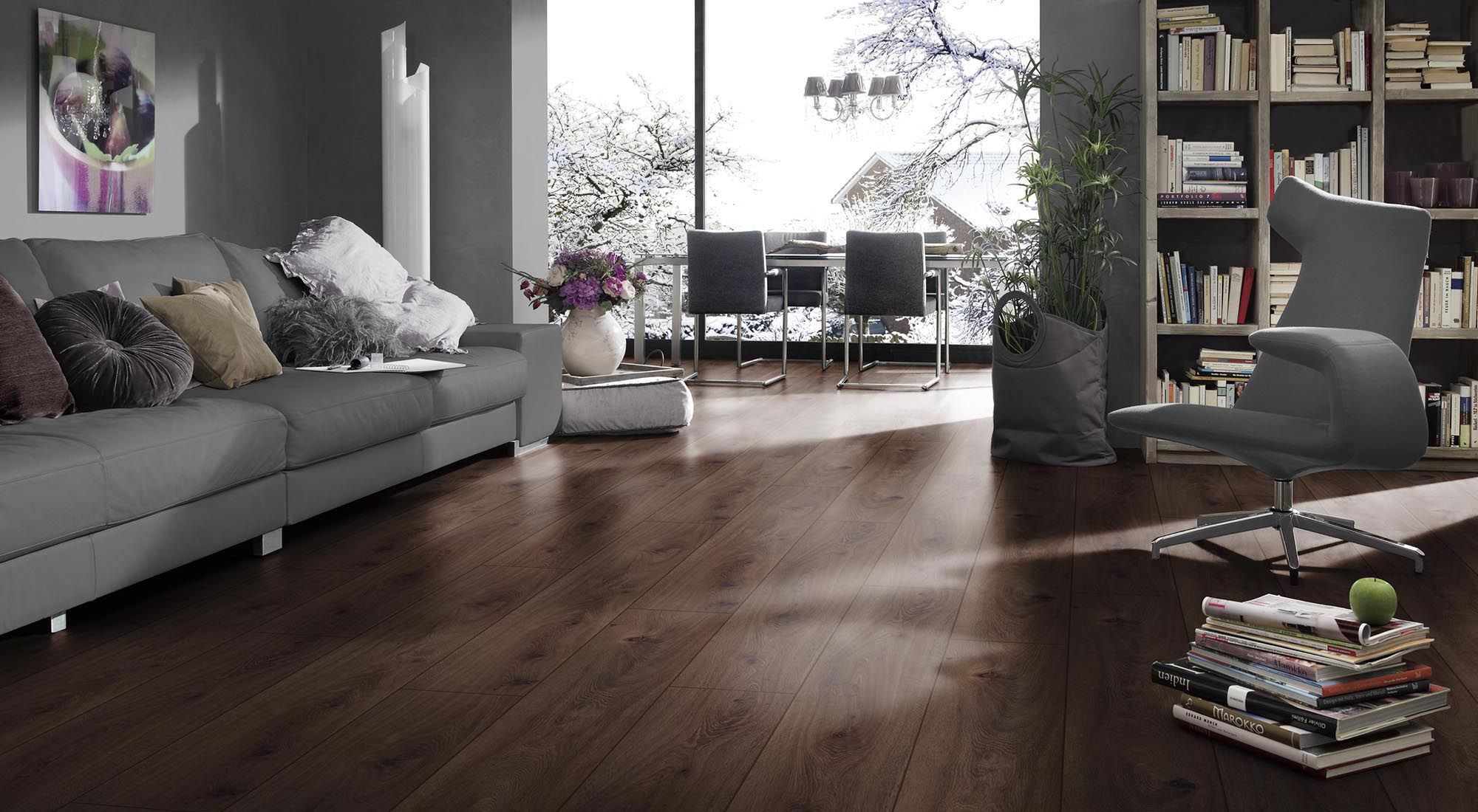 Pin By J 250 Lia Bal 225 Zs On Ideas For Living In 2019 Grey Laminate Flooring Grey