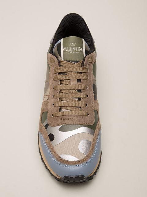 89656c34cc6 Shop Valentino Garavani 'Rockrunner' sneakers | Mode - Valentino ...