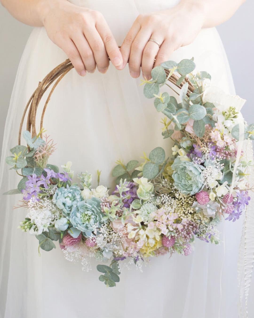 いいね!353件、コメント6件 ― @mille_la_chouetteのInstagramアカウント: 「◾︎新作リースブーケ◾︎ とっても人気のリースブーケ❁︎ 野の花を摘んできたような春らしいデザイン❤︎ オンラインストアにて販売中です」