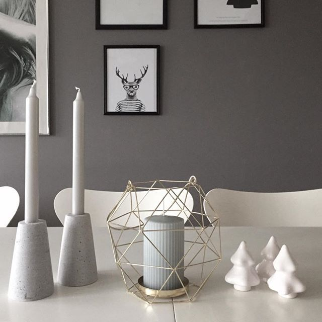 ~ happy Saturday ~ ❄️❄️❄️❄️❄️ #hannasinteriorinspo #interior123 #interiordesign #interiordetails #interiordecor #søstrenegrene #desenio #posters #olohuone #interiør123 #roomdecor #roomforinspiration #roominspo #roominterior #onlyinterior #passion4interior #keepitsimple #mitthem #mittnordiskehjem #mitthjem #homestyling #homedecor #interiorrumah #interiorforinspo #interior4you