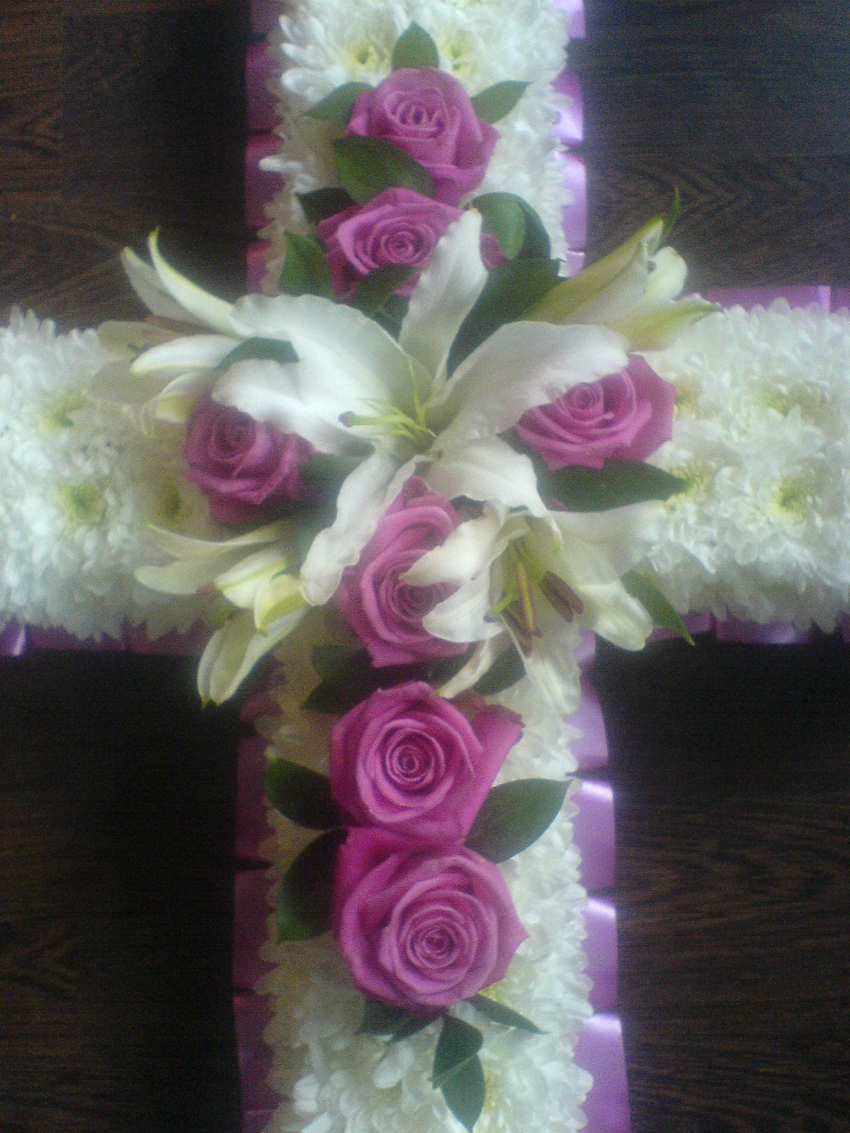 George jones funeral funeral flowersgfuneral20flower funeral flowers biography in western society when death occurs many cultural traditions become the focus of social groups including wa izmirmasajfo Choice Image