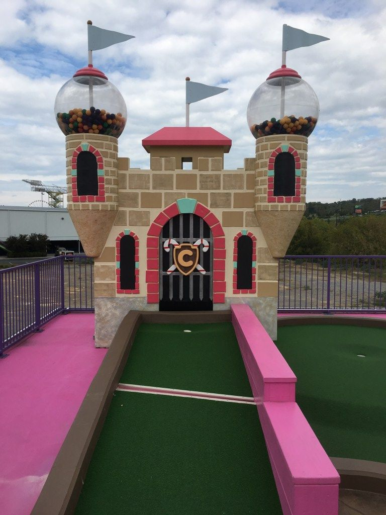 18+ Castle towers mini golf info
