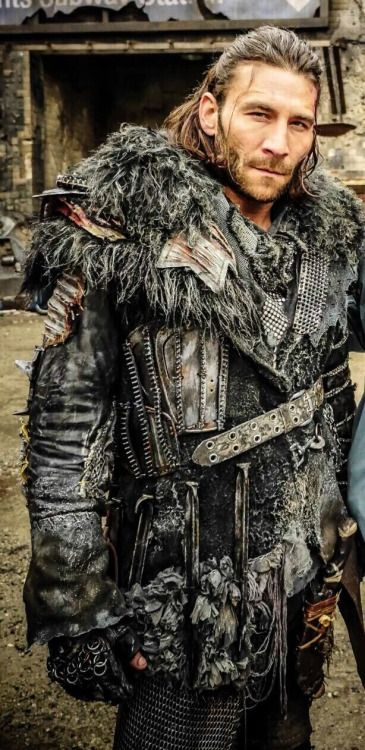 "lady-eleanor-vane: "" Zach McGowan, behind the scenes of ..."