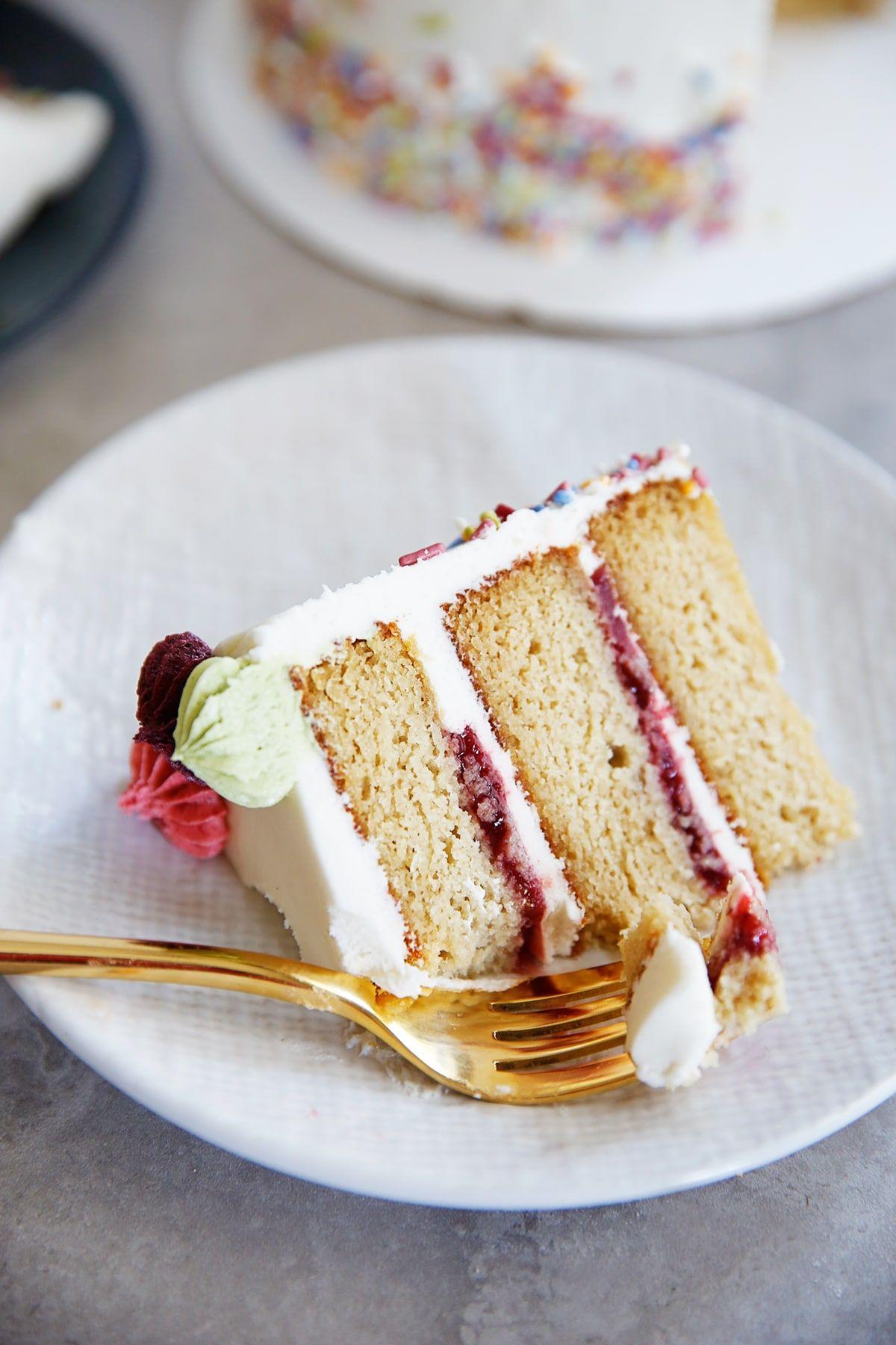 The Best Gluten Free Layer Birthday Cake Lexi S Clean Kitchen Recipe Birthday Cake Flavors Gluten Free Birthday Cake Recipe Cool Birthday Cakes