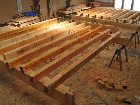 Floor joist lay up timberframe castle ring oak frame for Floor joist construction