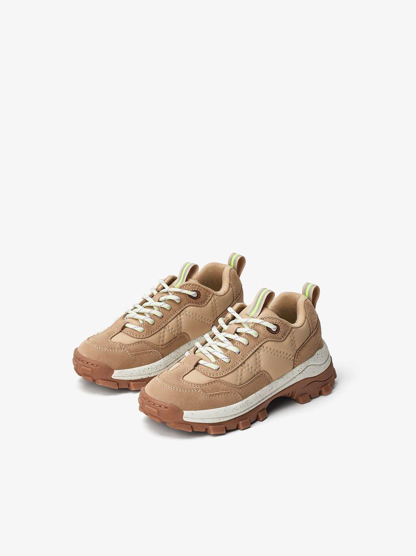 Buty Sportowe Z Jaskrawymi Zdobieniami Wiecej Buty Dziewczynka 6 14 Lat Dzieci Zara Polska Sneakers Girls Shoes Kids Kid Shoes