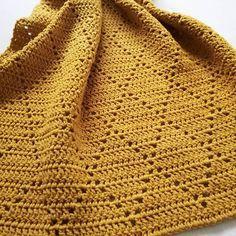 Clover blanket pattern by Elena Kozhukhar