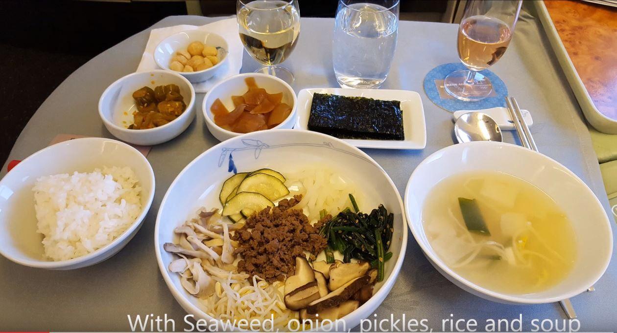 How to eat Bibimbap onboard Korean Air