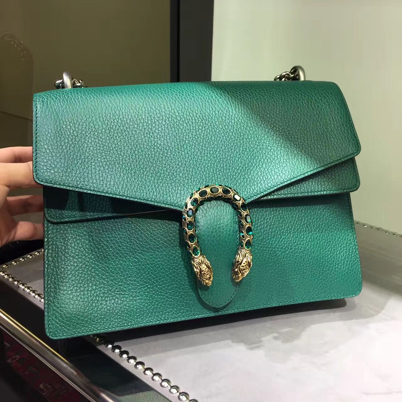 91400276834c92 Discount price green leather Gucci Dionysus shoulder bag #gucci #dionysus # bag #snake #guccipython