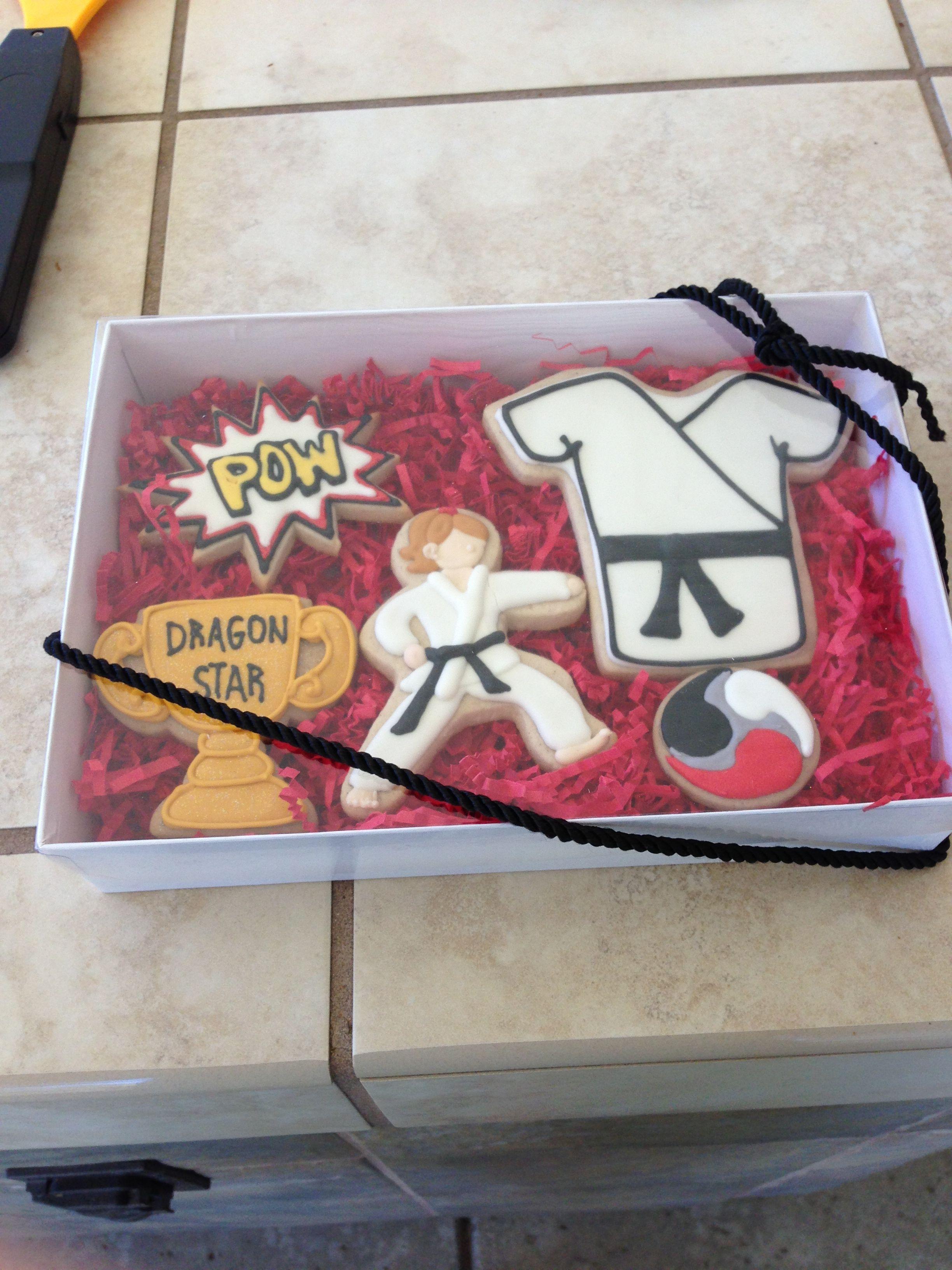 Karate Cookies!( Пряник