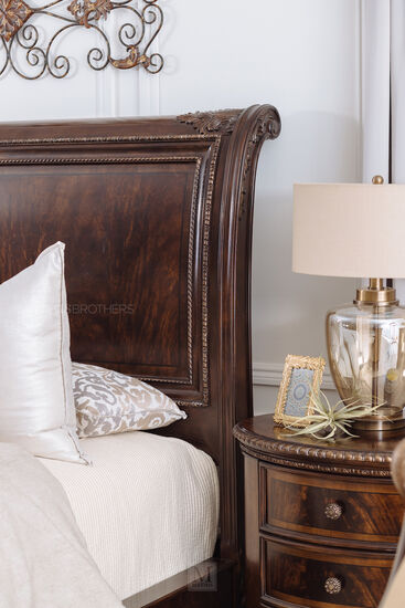 Traditional Rope Accented Sleigh Bed In Dark Brown Bedroom Furniture Beds Wood Furniture Design Bed Furniture