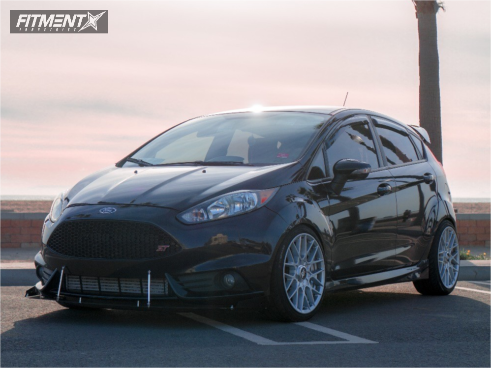 1 2015 Fiesta Ford Hr Stock Rotiform Rse Silver Ford Fiesta