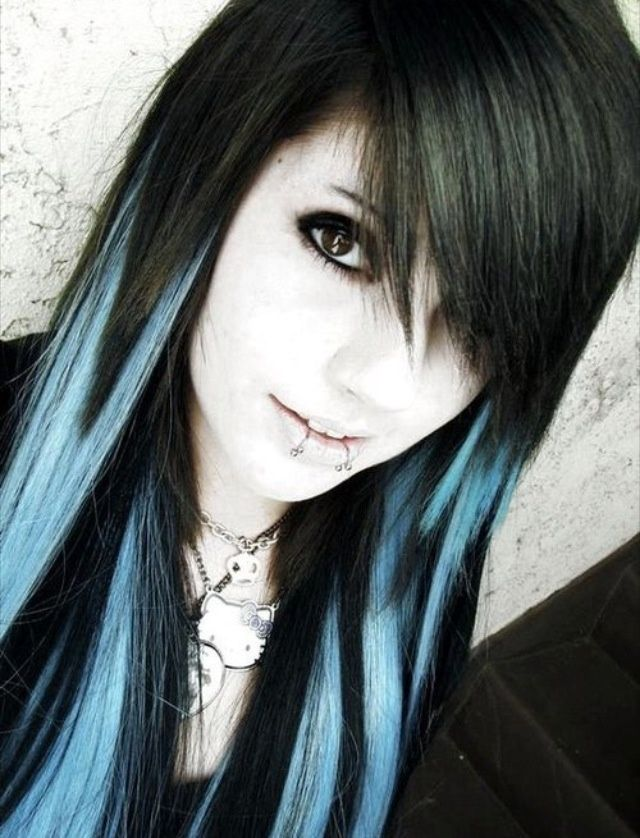 Blonde With Blue Highlights Google Search Hair Pinterest