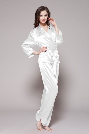 75cde0e6c0 Buy from online shop for 100 real natural plus size silk pajamas with  notched collar and two long sleeves.  99  pajamas  silk  lilysilk