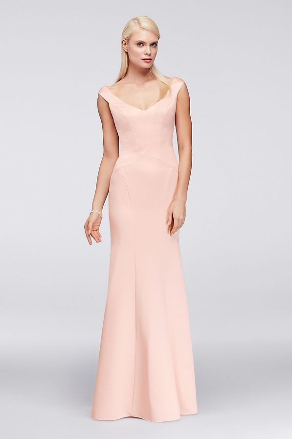 Figure-flattering seaming, a Truly Zac Posen signature detail ...