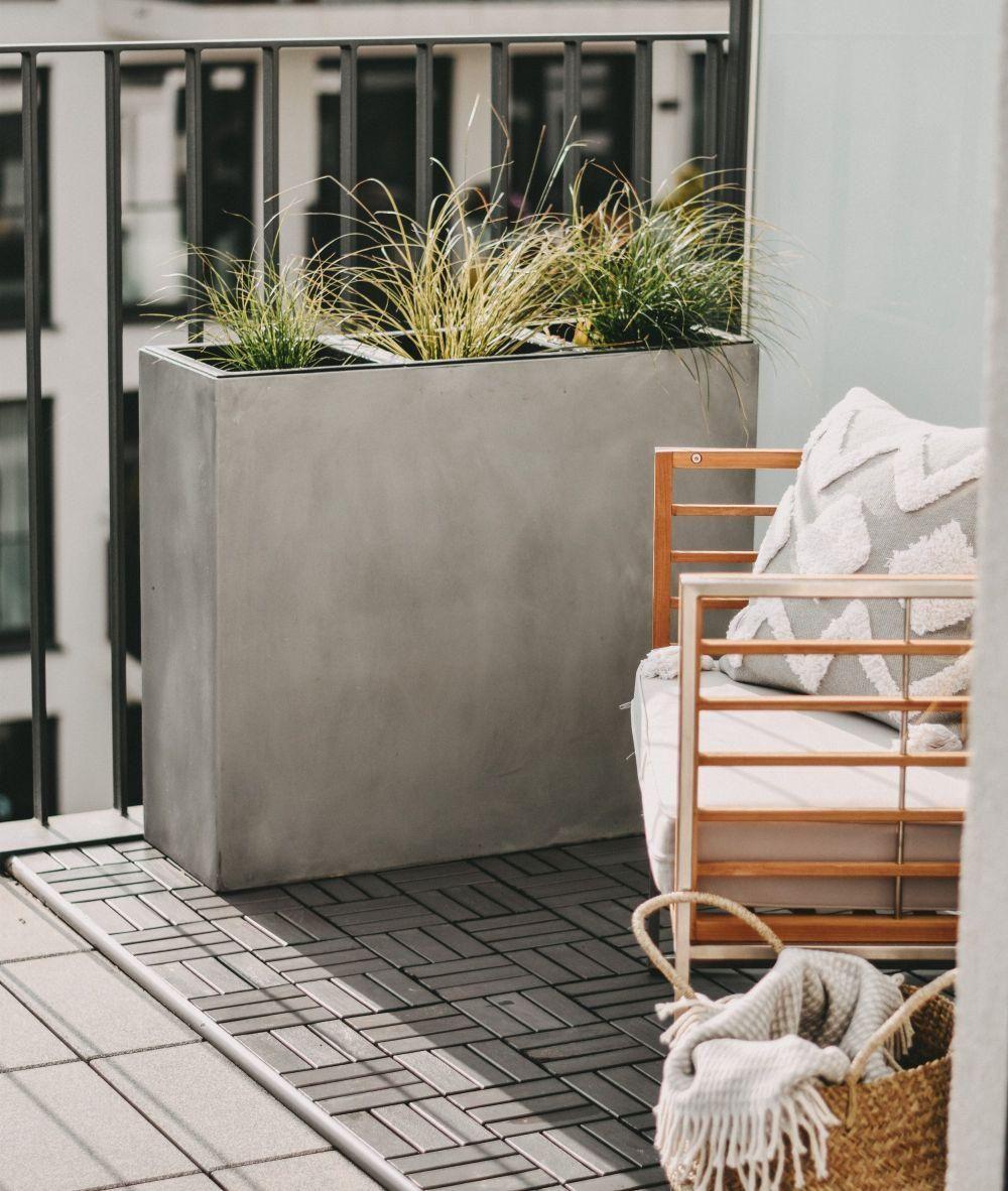 Pin Auf Terrasse Und Balkon Mit Pflanzkubeln Gestalten