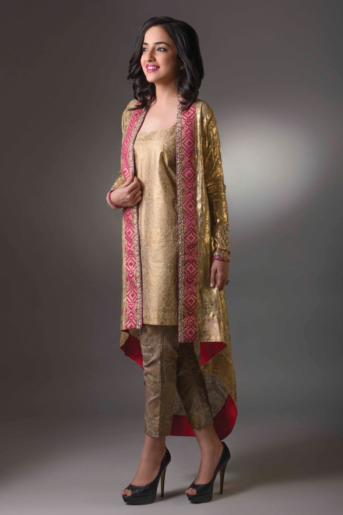 Pin by bhairabi kachari on kurtas in pinterest pakistani