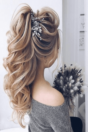 Coiffure Mariage Invitee I 55 Coiffures Simple Et Chic A Adopter En 2020 Coiffure Invitee Mariage Coiffure Soiree Cheveux Long Coiffure Mariage