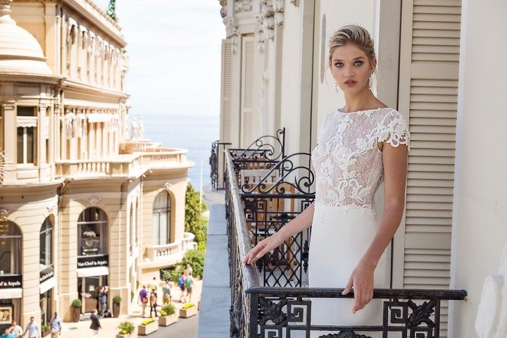 Lace wedding dress | fabmood.com #weddingdress #weddingdresses #bridalgown #weddinggown #weddinggowns