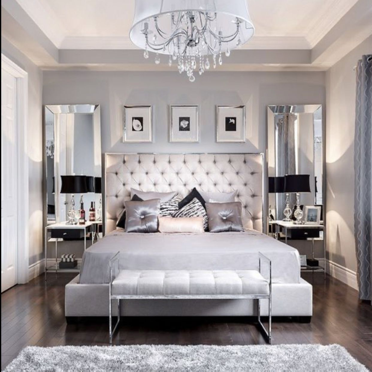Pin By Sanaoui Sana On Home Decor Bedroom Interior Luxurious Bedrooms Master Bedrooms Decor