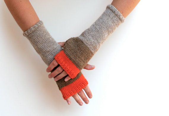 More Colors Tipped Woodland Mitts Hand Knit 100 Wool Fingerless Gloves In Oatmeal Chestnut A Wool Fingerless Gloves Fingerless Gloves Knitted Hand Knitting