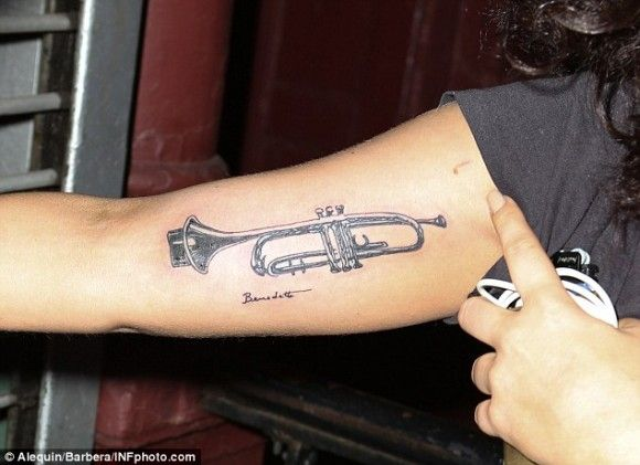 Lady Gaga Tatuajes tatuajes lady gaga | qiltwok | pinterest | tatuajes, tinta and trompetas