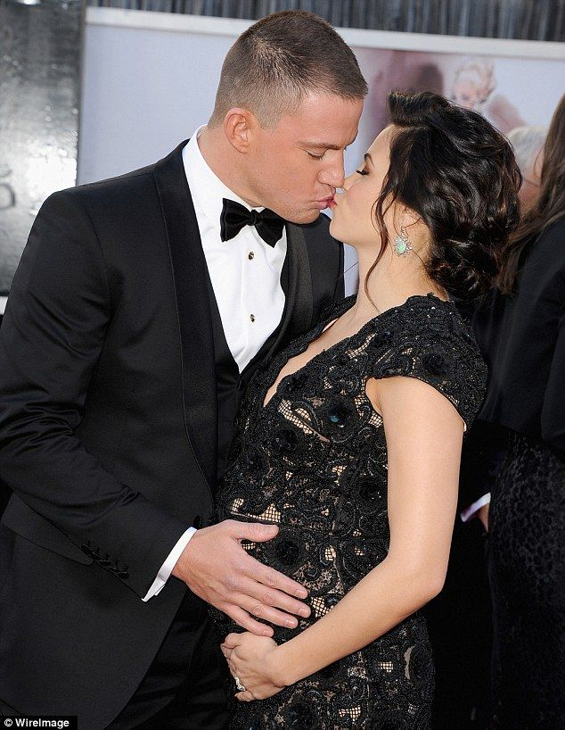 Channing Tatums Pregnant Wife Jenna Dewan Dons Sexy Lace Dress For The Red Carpet And He Cant Keep His Hands Off Her