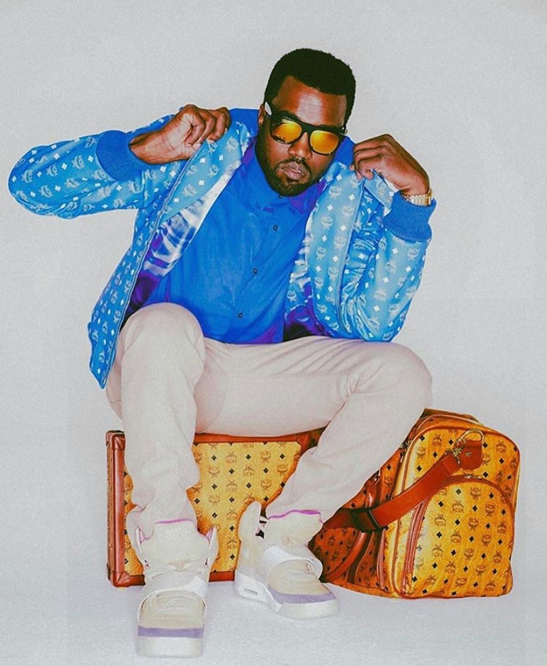 Teamkanyedaily On Instagram Unreleased Kanye West Complex Cover Shoot In 2008 Styled By Tazarnold Throwbackkanye In 2020 Kanye West Style Kanye