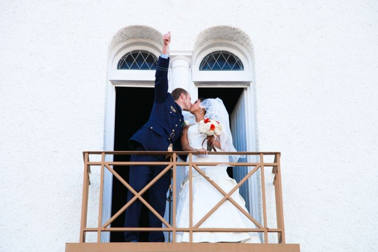 Kate and William Kiss - Hanna Hervall Photography