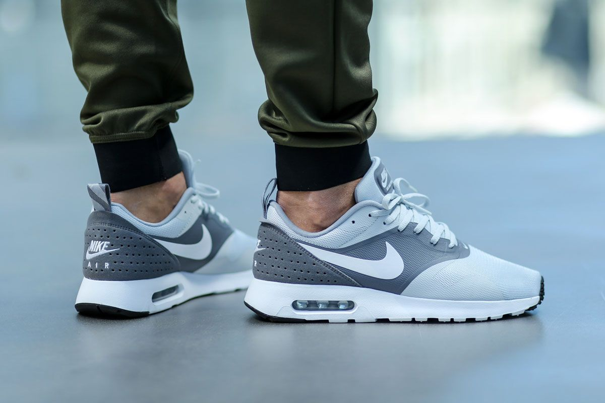 mens nike grey air max tavas essential trainers hate