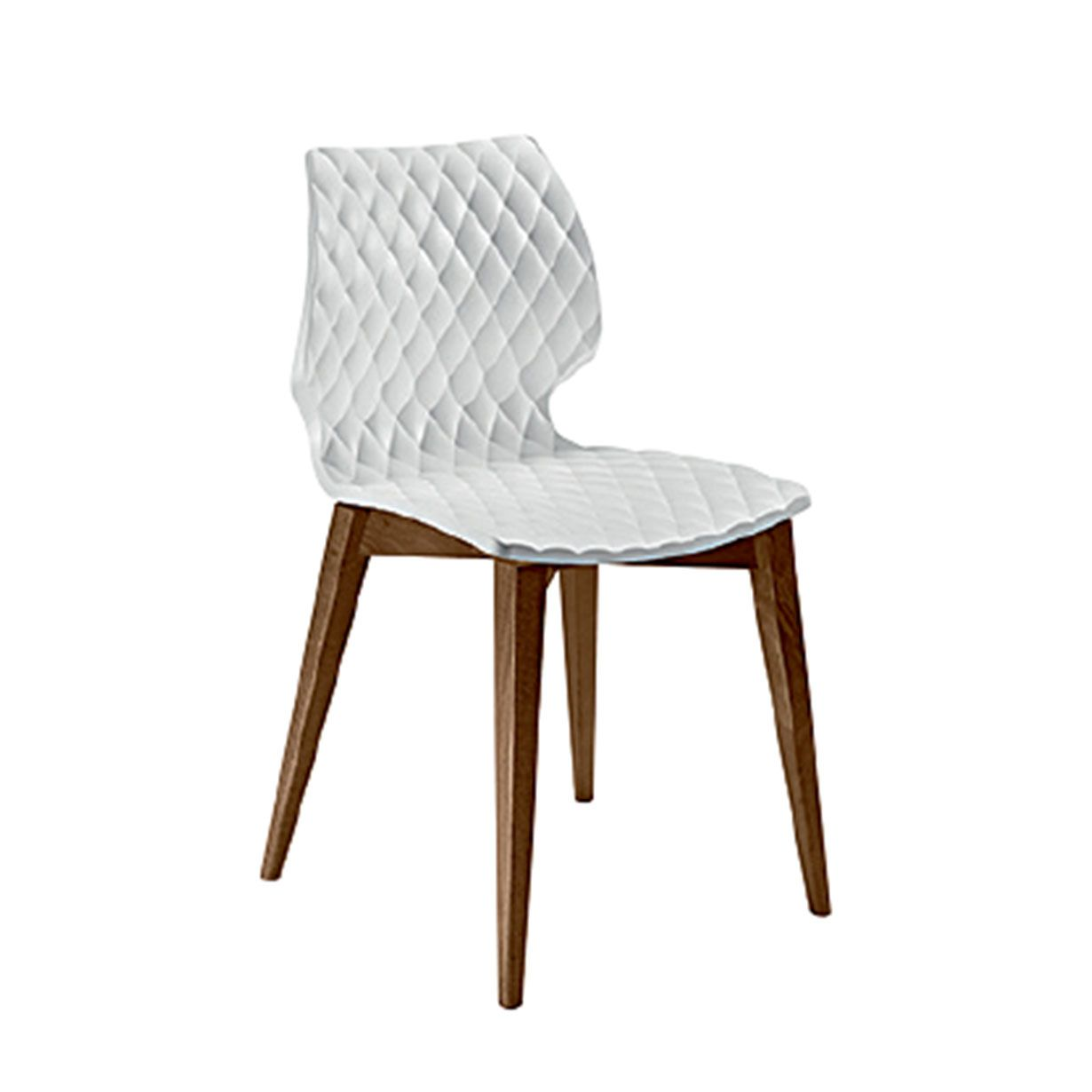 Articolo: 562Chair without arms, legs made of natural or dyed beechwood, seat made of polypropylene.