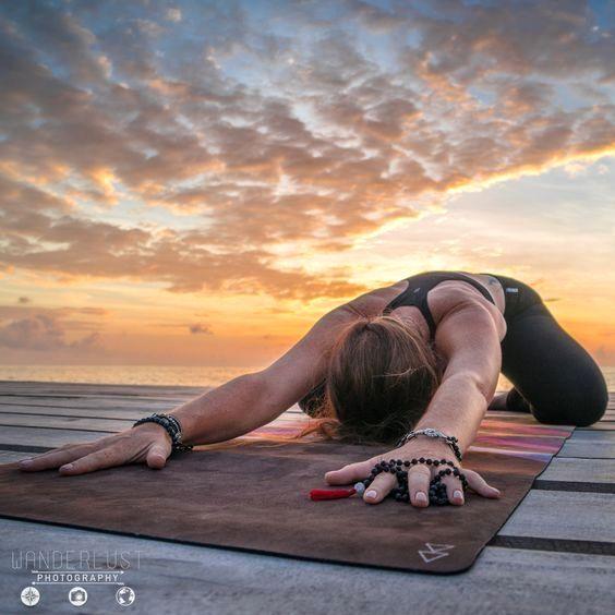 18 Yoga Pictures – Yoga