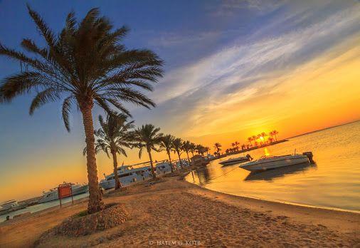 شروق الشمس على الشاطئ الجميل لمدينة الغردقة البحر الأحمر Sunrise Egypt Countries Of The World