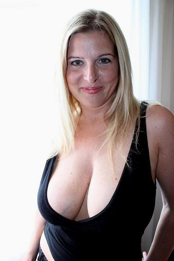 Free mature mom and aon vids