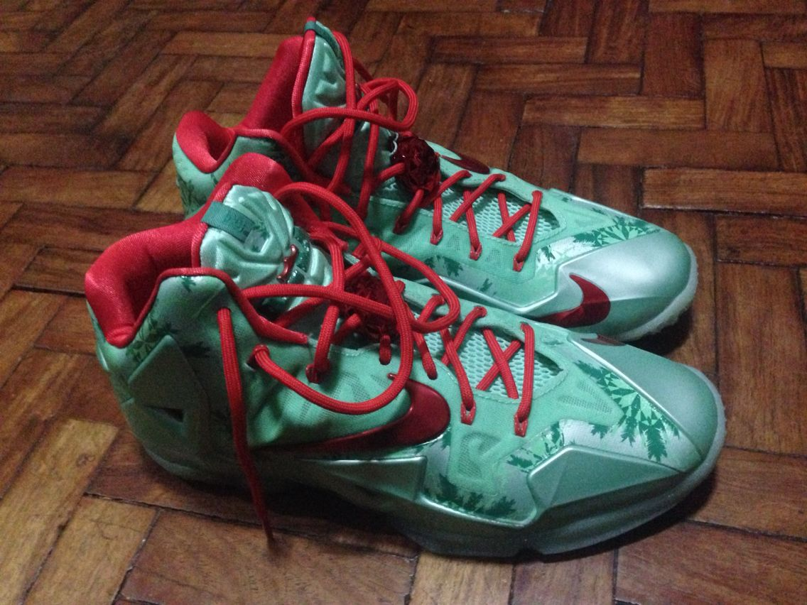 Lebron Xi Christmas Day Nike Shoes Brooks Sneaker Shoes