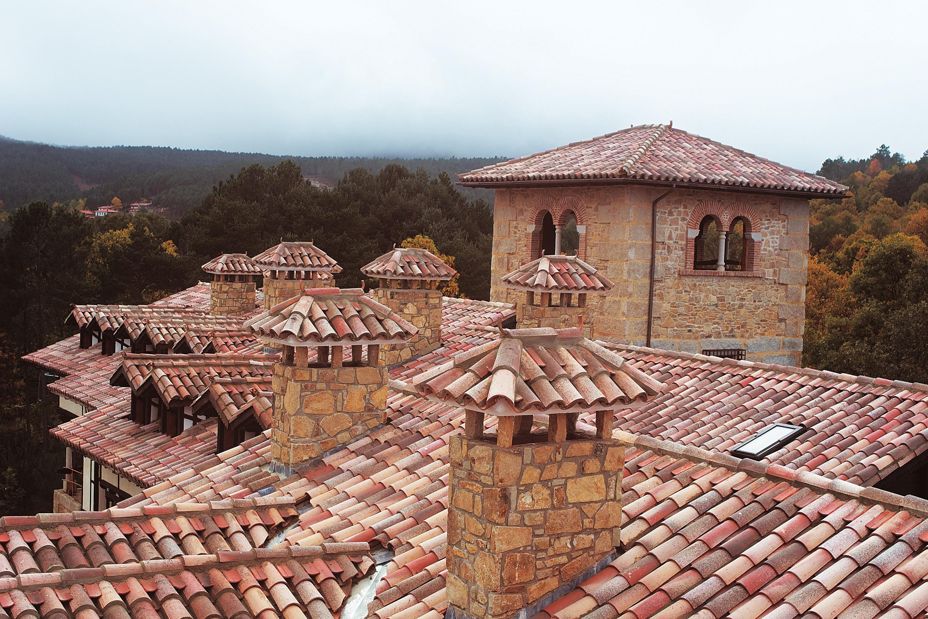 Best Real Mediterranean Clay Roof Tiles Color Mixed To Simulate Aged Look Clay Roof Tiles Roof 400 x 300