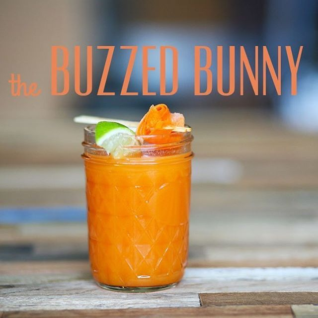 This week's Distillerista healthy cocktail a garden-inspired twist on a classic cocktail, the gin gimlet. The Buzzed Bunny has the addition of vitamin A-rich carrot juice and immune-boosting fresh ginger to spice things up.  ‪#‎healthydrinks‬ ‪#‎craftcocktails‬ ‪#‎distillerista‬ ‪#‎orangejuice‬ #ginger #cocktails #carrotjuice