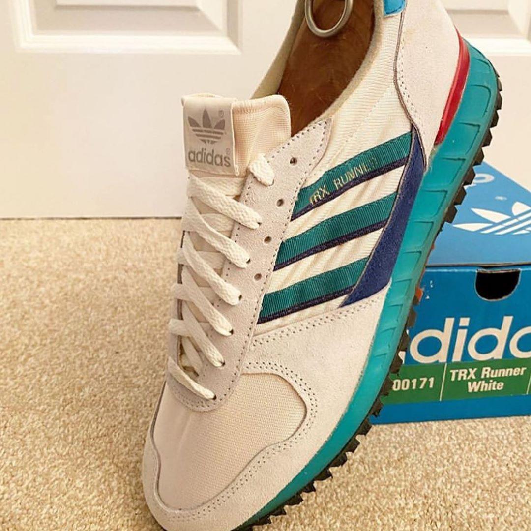 adidas vintage runner