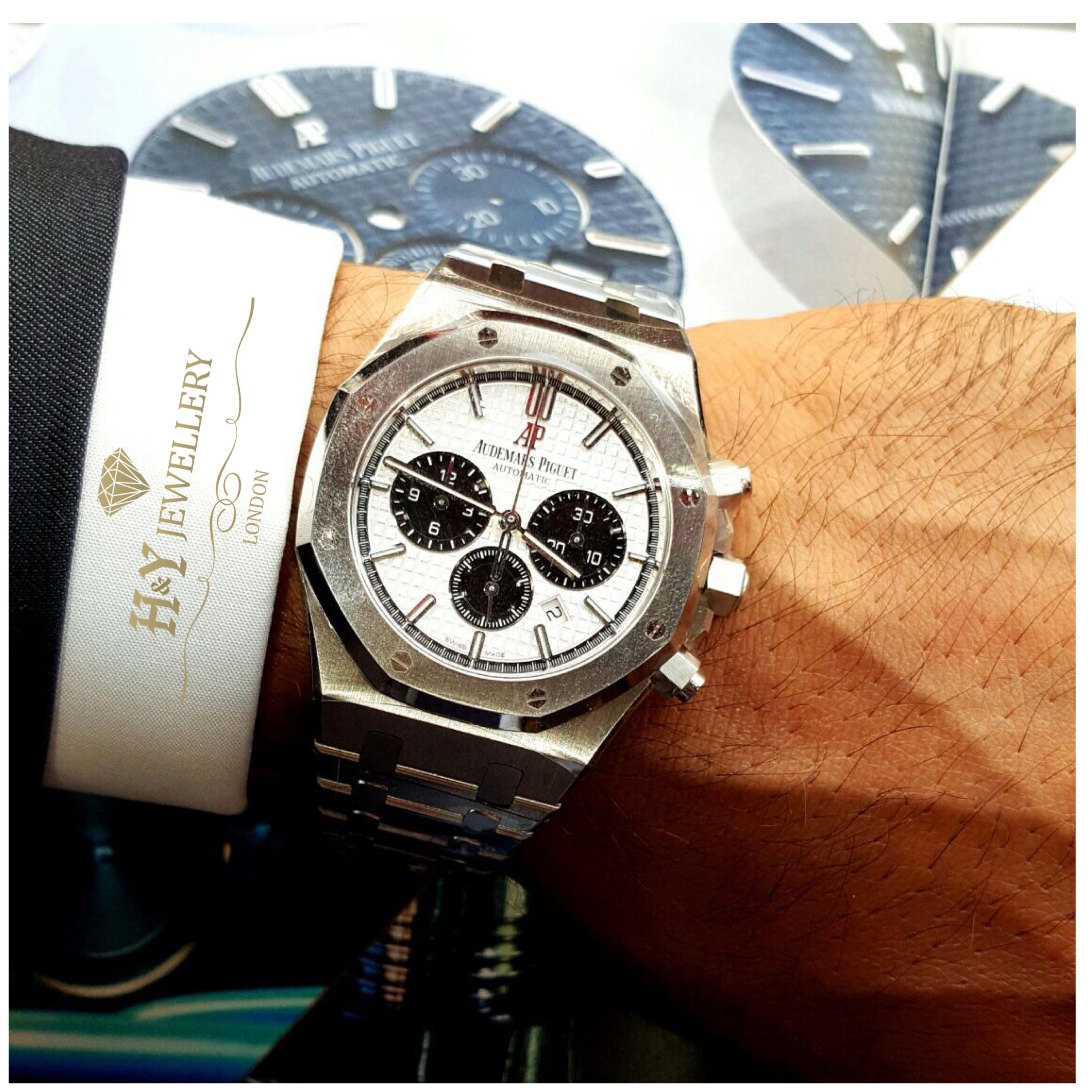 59ec0b82175 Audemars Piguet Royal Oak Chronograph Steel - Ref 26331ST.OO.1220ST.03  Novelty 2017 only at H Y Jewellery!