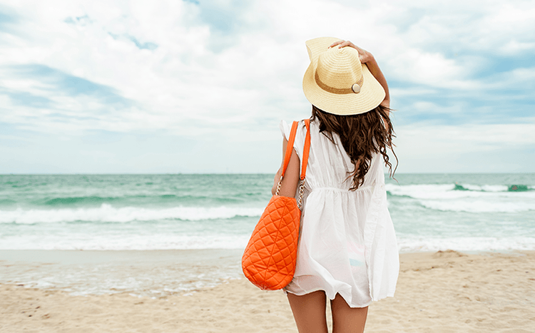 7 Travel Beauty Essentials - blog.well.ca/2015/02/travel-beauty-essentials/