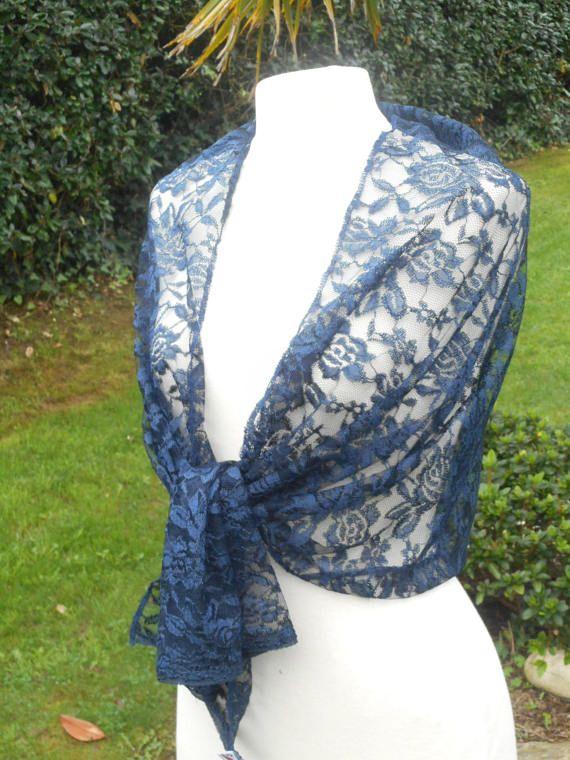 Etole écharpe foulard châle en dentelle  pour femme de coloris bleu marine   agréable pour un mariage ou une soirée collection été  lin eva 0652b94265d