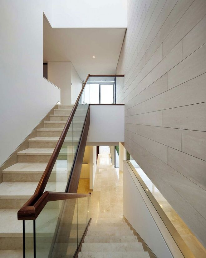 Architecture, Luxurious Bright White Residence Interior Design By Joel  Sanders Architect And Haeahn Architecture: Creamy Stairs With Glass Railings  And ...