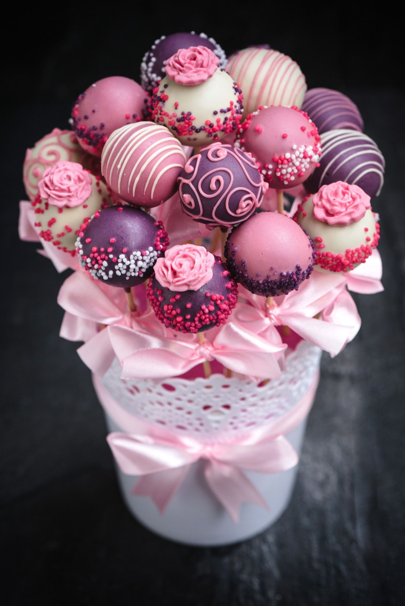 Cake pop bouquet with images cake pop displays