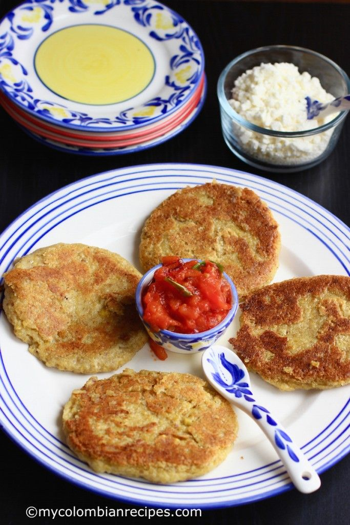 Arepas de pltano verde green plantain arepas postres i am often asked the same question what is your favorite colombian dish my answer is always the same arepas i love arepas when im craving colombian forumfinder Image collections