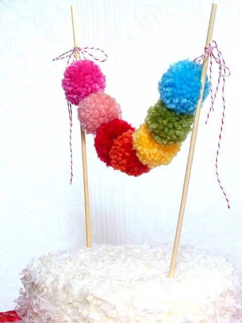 Rainbow pom pom cake bunting yes please pompoms for Yes decoration