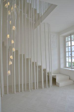 Rambarde escalier travaux manuel pinterest rambarde for Meuble futuriste montreal